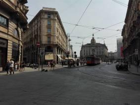 Khu phố mua sắm náo nhiệt ở Milan, một cảm giác rất Châu Âu